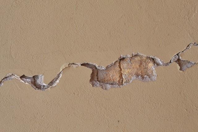 Avoid Building Concrete Relationships