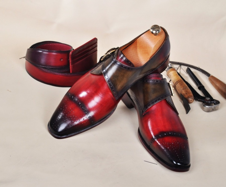 The Discerning Metrosexual Man Wears Handmade Leather Shoes
