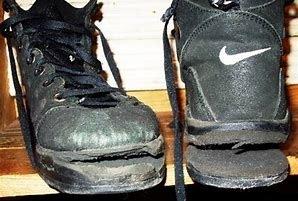 Hiking boots and Hydrolysis.ZWL CALZATA LARGA WIDE LAST