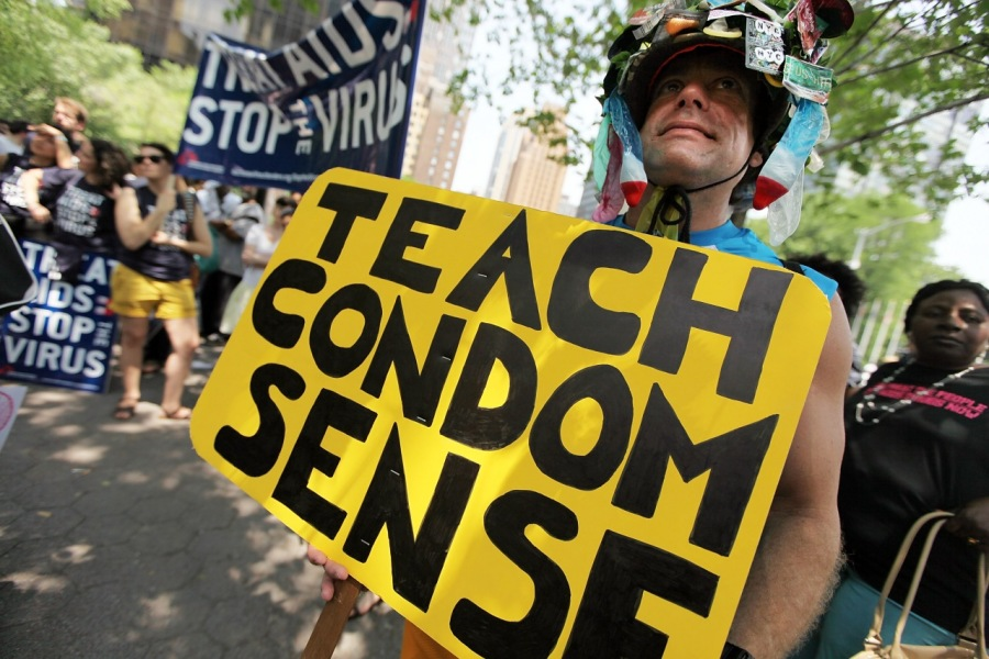 TEACH CONDOM SENSE: SAY NO TO BOOTY & YES TO SELF-RESPECT=, a » JB PT  a               JR