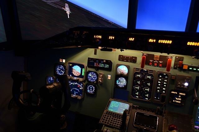 Primer simulador de vuelo de autogiro desarrollado por la empresa cántabra NAVIRNET