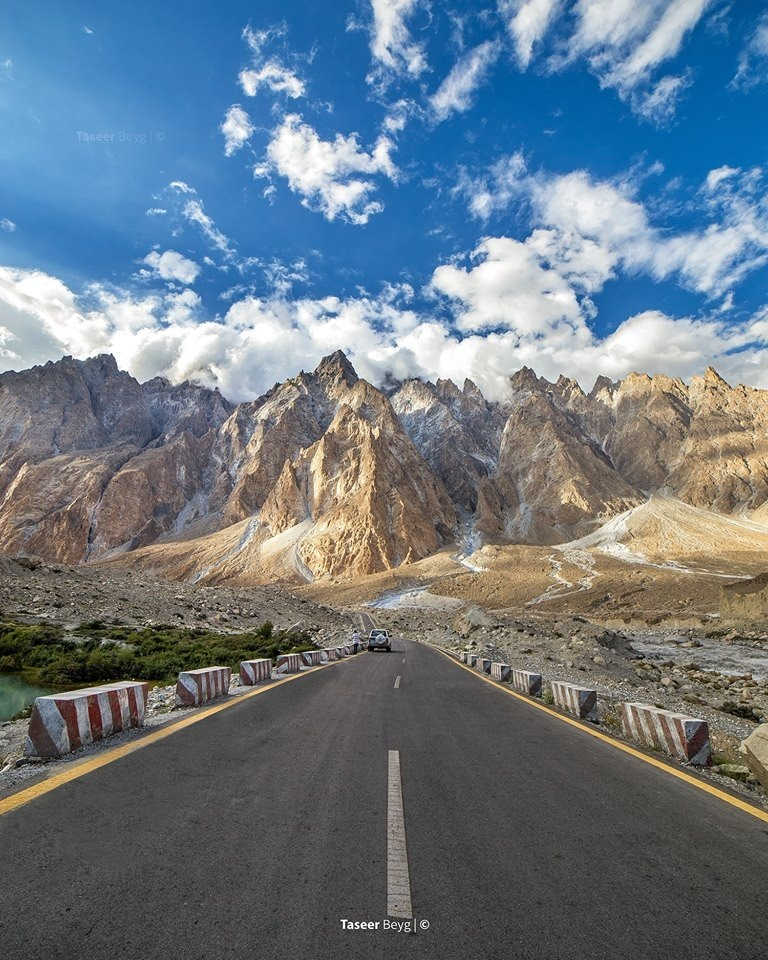 WHY HUNZA SHOULD BE YOUR NEXT LONG DISTANCE DRIVING DESTINATION