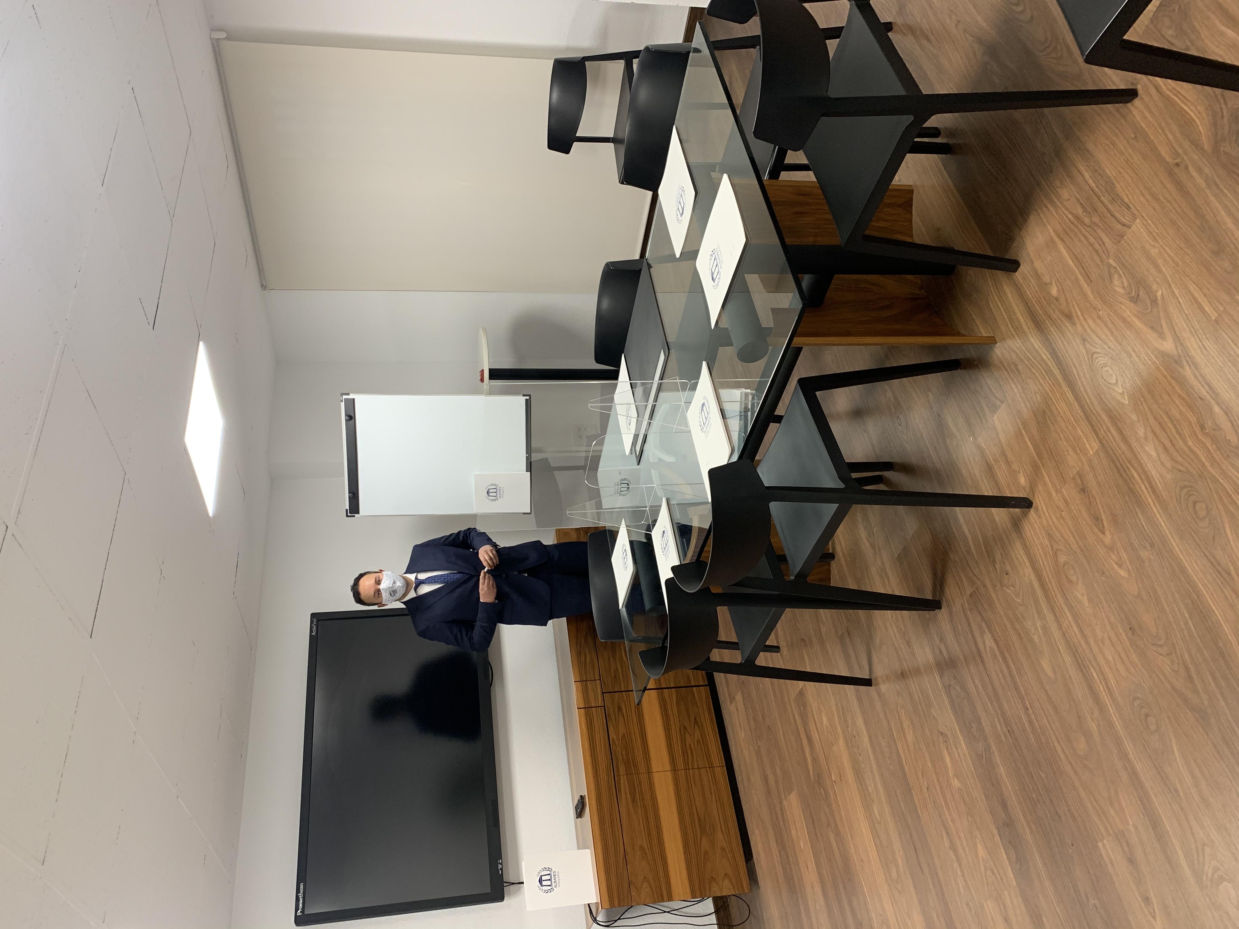 Sala de Juntas Centro Coworking- Albares Abogados València