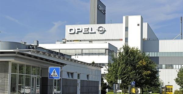 Expansión y renovación de la plantilla de Opel en España