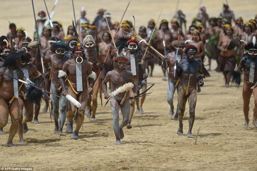 The tribal war that killed Humankind