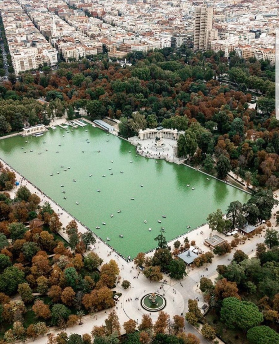 Visit and Enjoy Spain!pee BY LAL  il i, B,