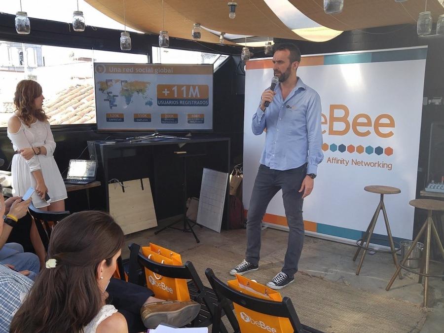 What is beBee ? Why is beBee disrupting the current model of social media ?