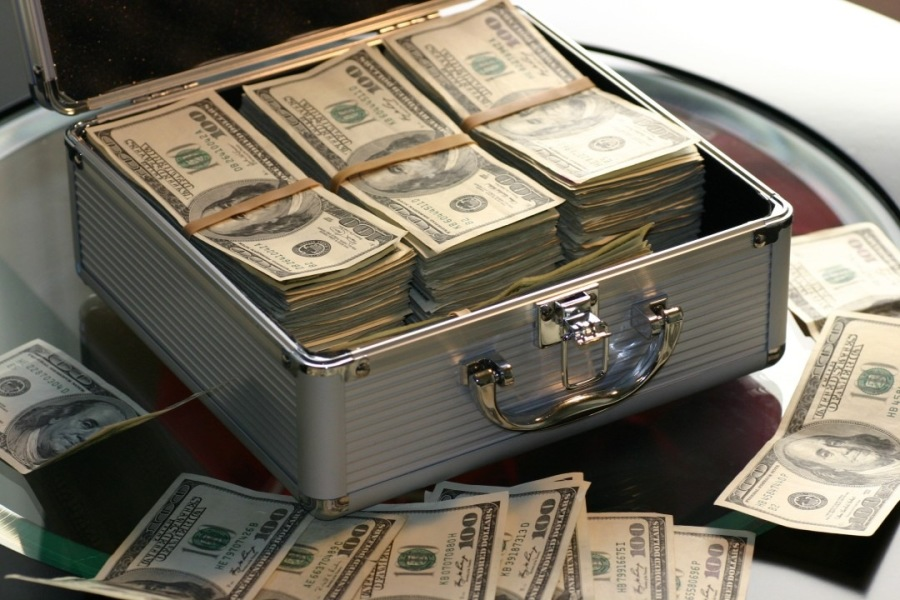 Dead Money looks like this