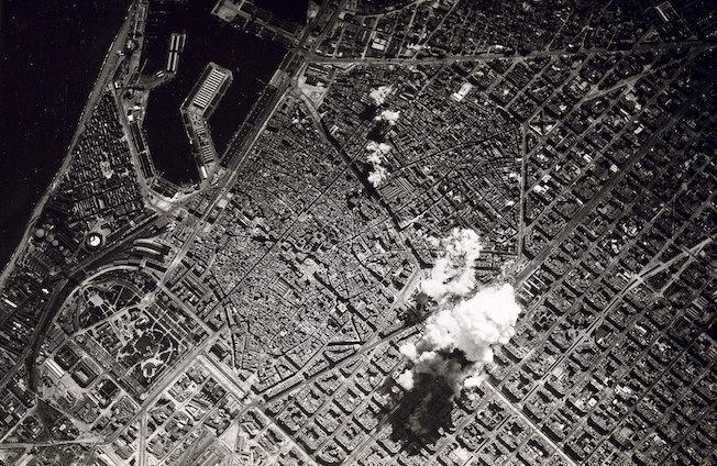 EL 'CAMIÓN DE TRILITA' QUE EXPLOTÓ EN BARCLONA EN 1938