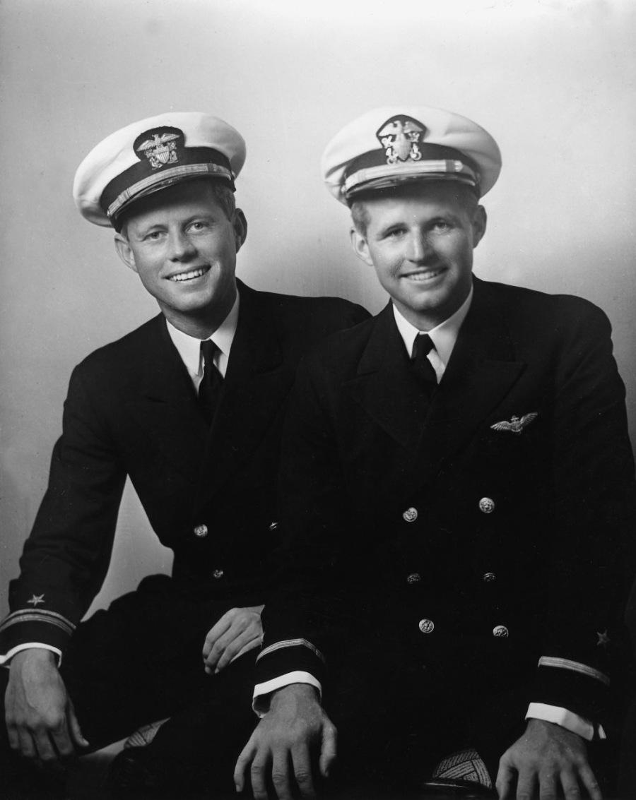 JFK Y SU HERMANO JOSEPH ESTUVIERON EN ESPAÑA DURANTE LA GUERRA CIVIL