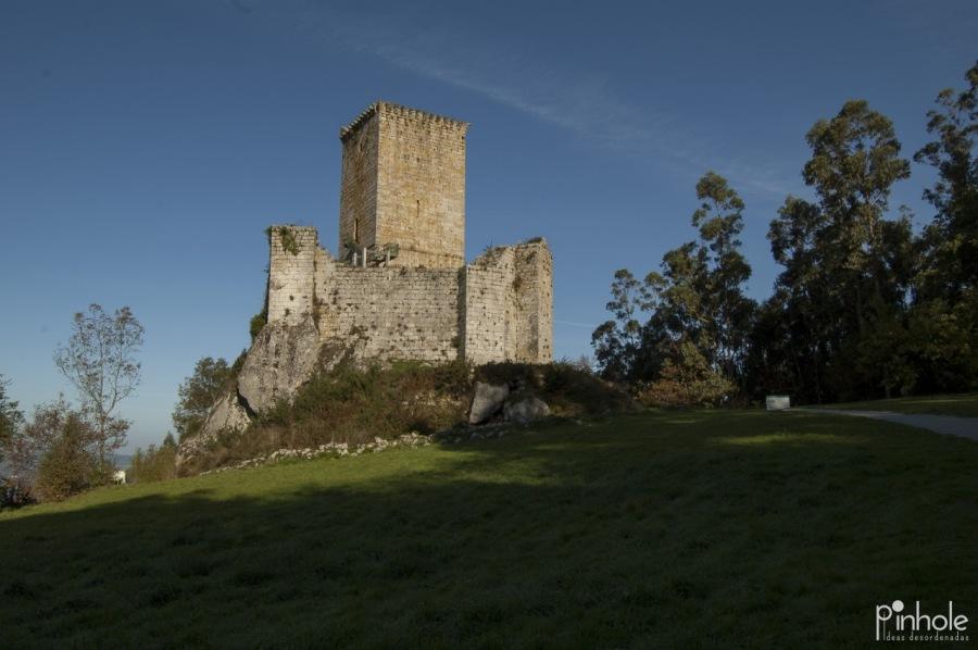 Lugares: Cómo todo buen castillo tiene una leyenda, el de los Andrade, en Nogueirosa, no iba a ser menos