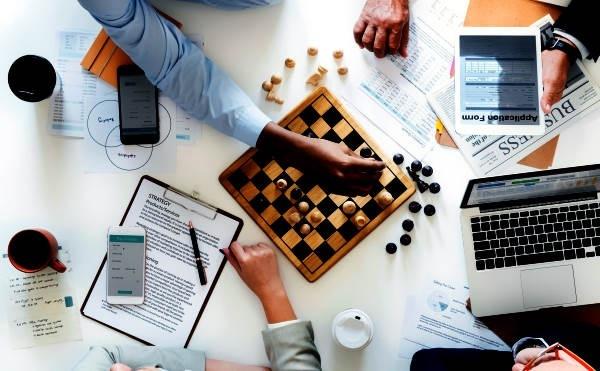 Teoría de juegos: Usar la razón para predecir el futuro